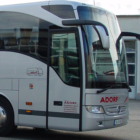travel agent adorf bus